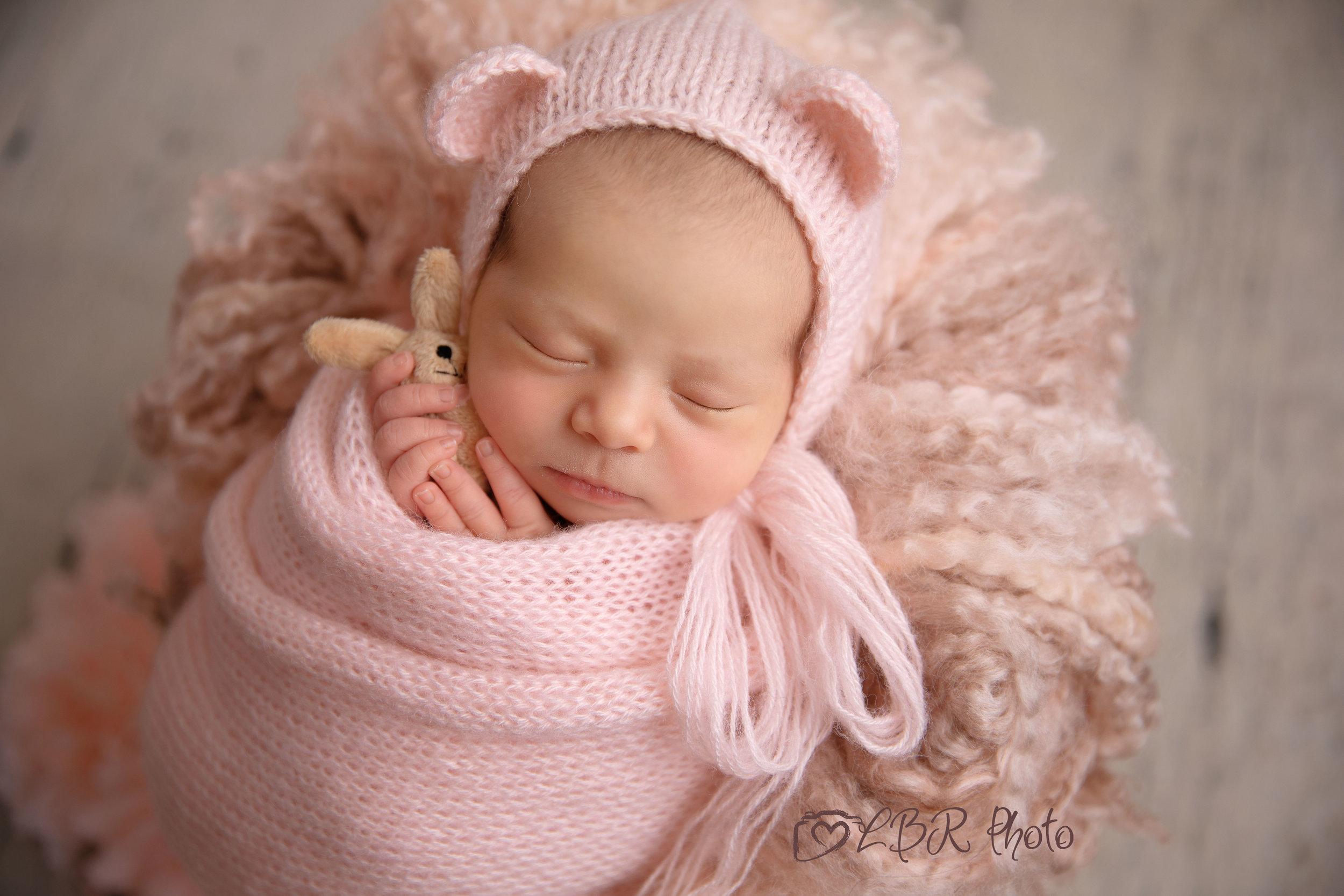 AW6A8729-Phoenix-newborn-photographer.jpg