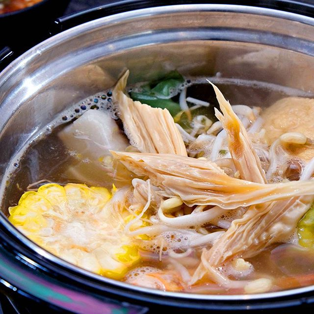Start your week right! Warm up your day with a potful of goodness. Tag your food buddies now. ;) #TongYangPlus #GrillAndHotpotAllYouCan
