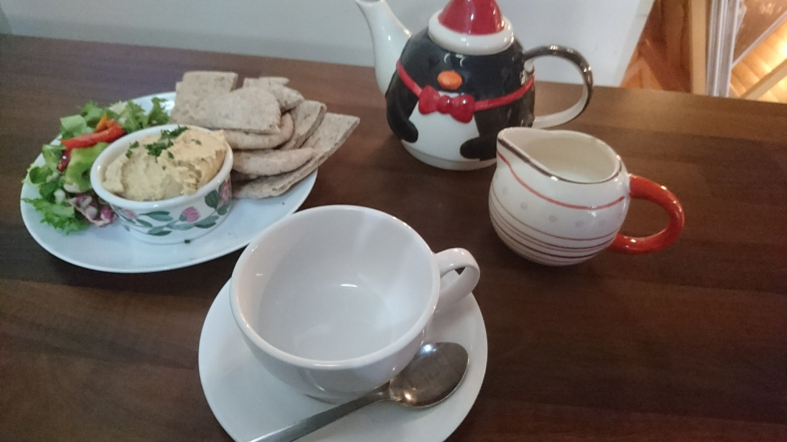 Hummus, Flatbreads and Tea at Madigan's Food Emporium, Dundee / Jenny Eve