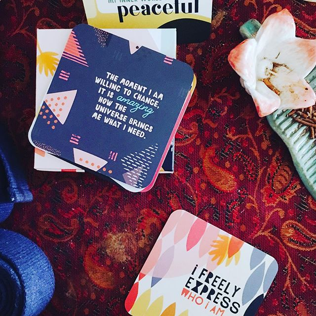 "Absolutely love these beautiful affirmation cards we received today at our amazing yoga 🧘🏻‍♀️ class. 💕 Mine read ""I freely express who I am"" and the back read ""It is my birthright to express myself in ways that are fulfilling to me"". Fully allowing myself to be the person I am meant to be without any self-judgement or self-doubt. 💕"