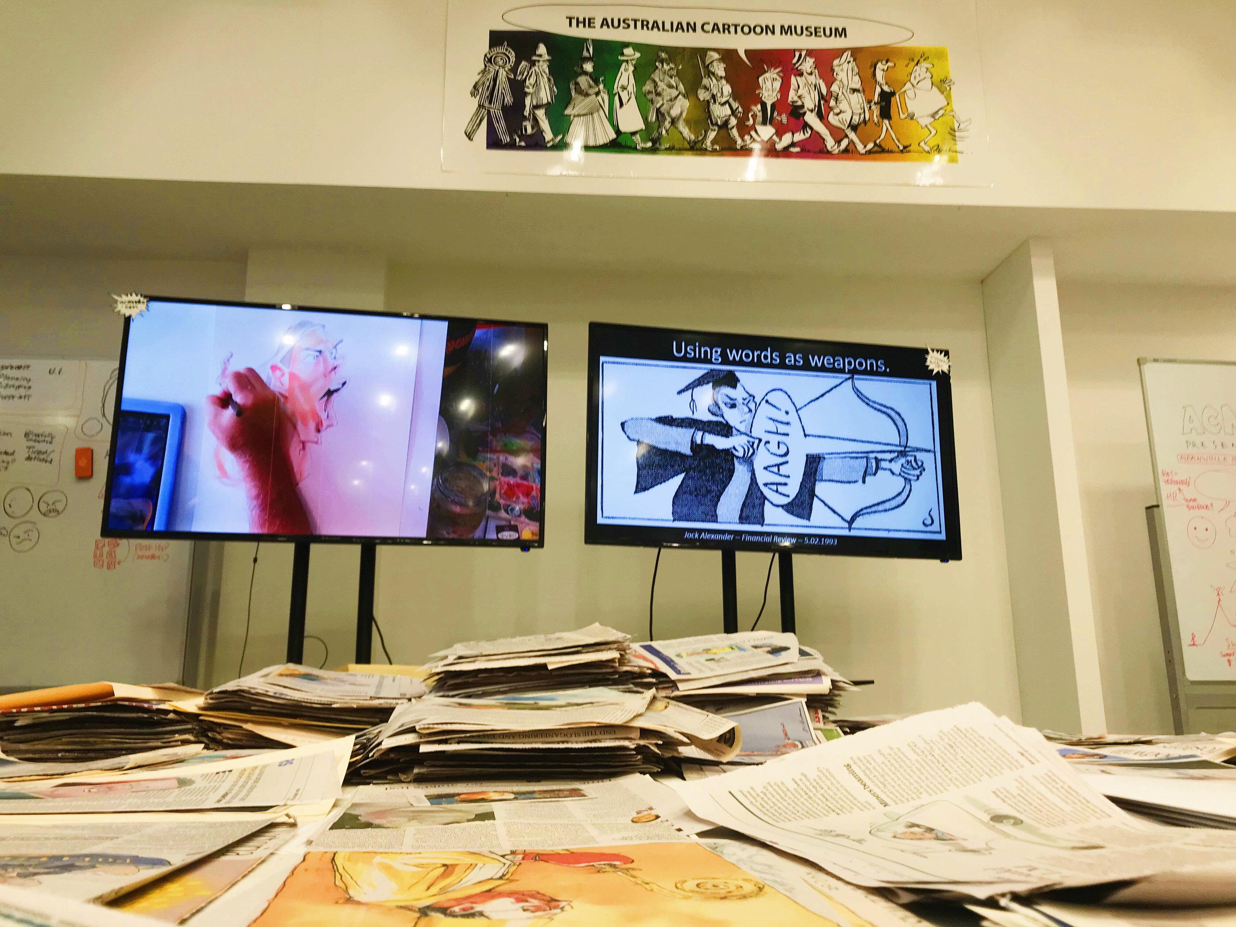 Jim Bridges之所以对漫画情有独钟,除了童年的幻想,还来源于漫画的特殊意义。