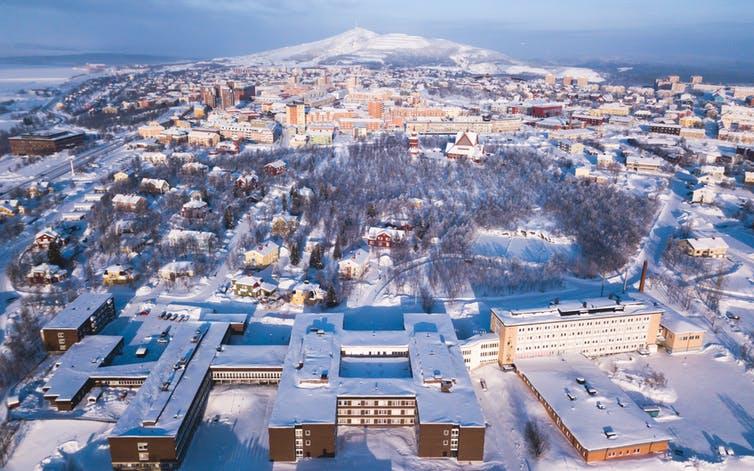 瑞典的基律镇。 Tsuguliev/Shutterstock.com