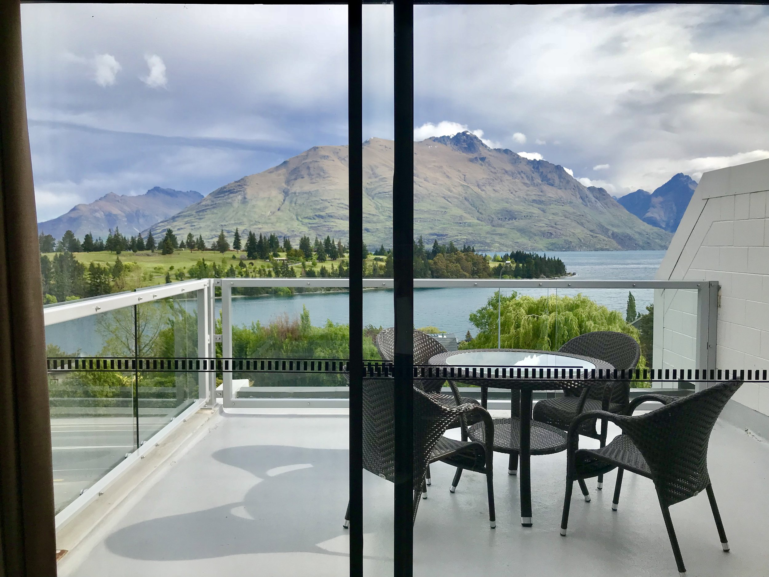 UPSOUTH-Mingming-Feng-Queenstown-Hotel-View.jpg
