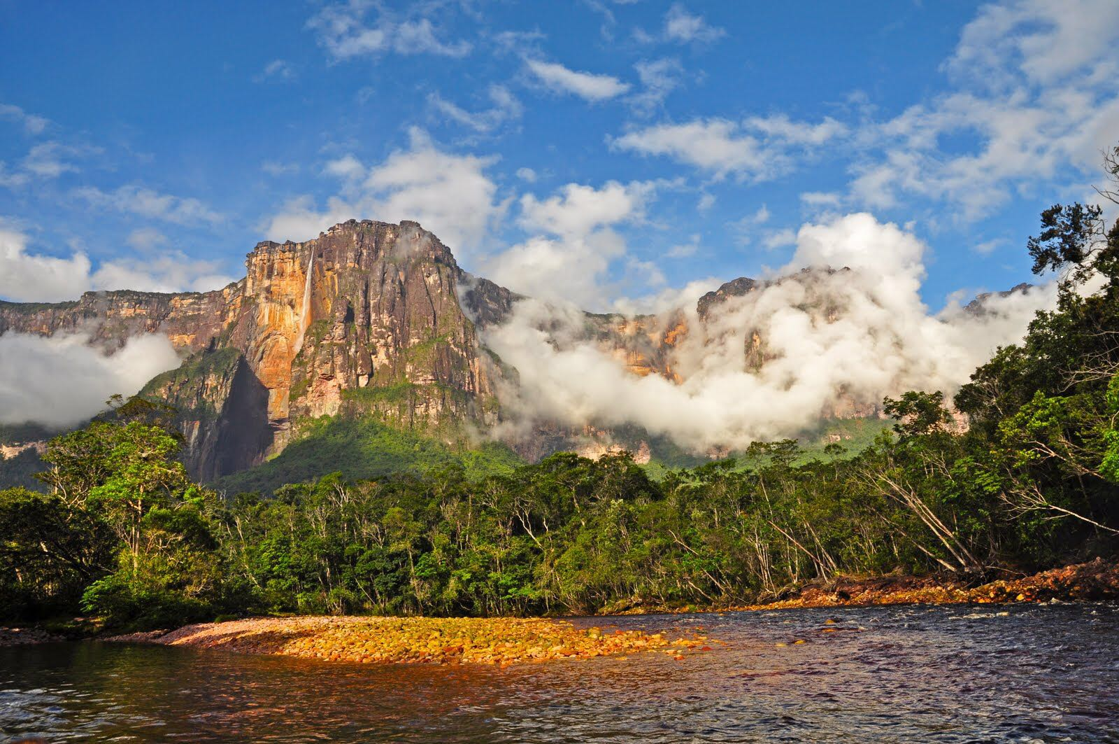 委内瑞拉天使瀑布(作者摄)