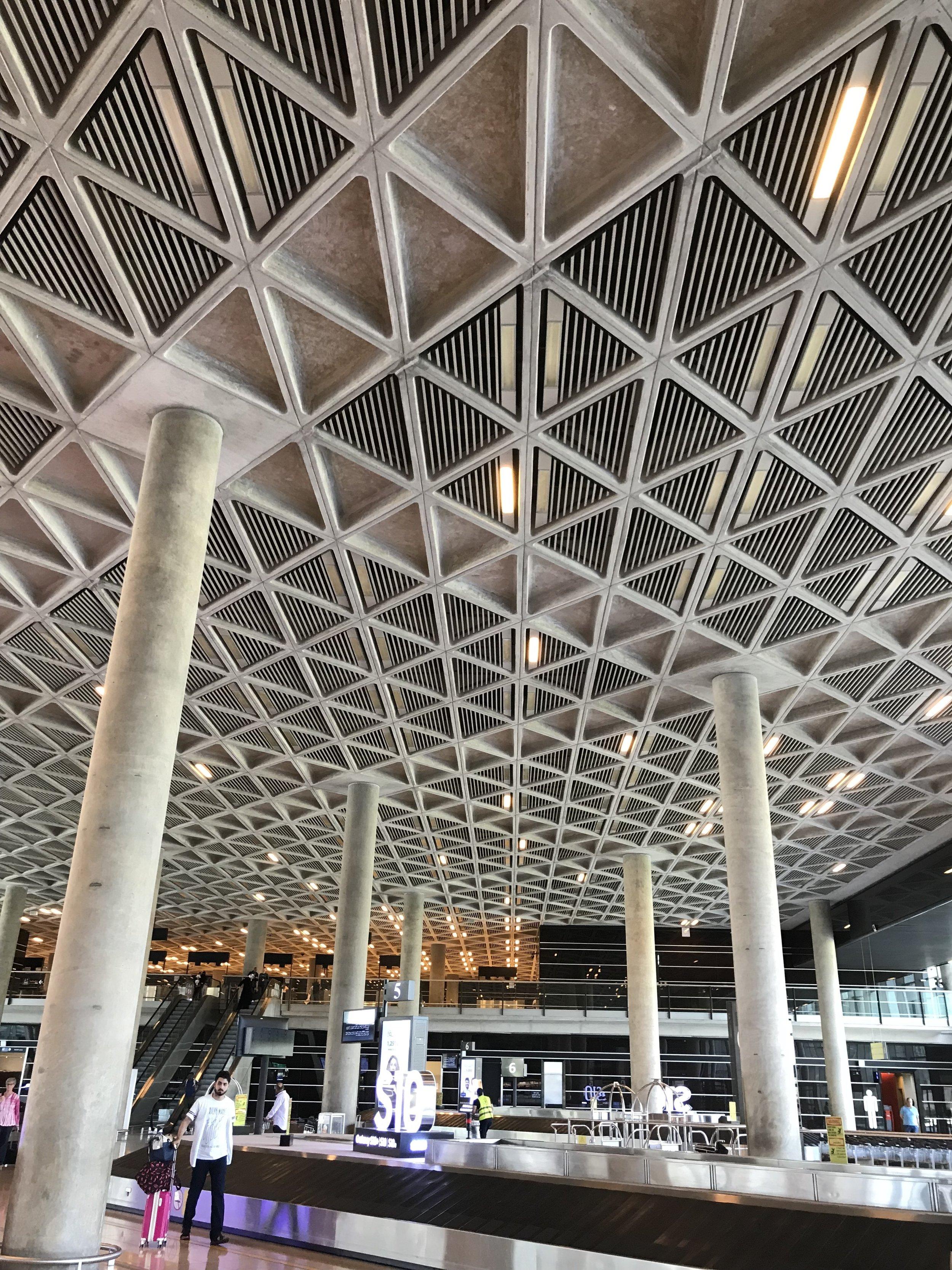 安曼Queen Alia国际机场大楼的粗狂主义建筑风格