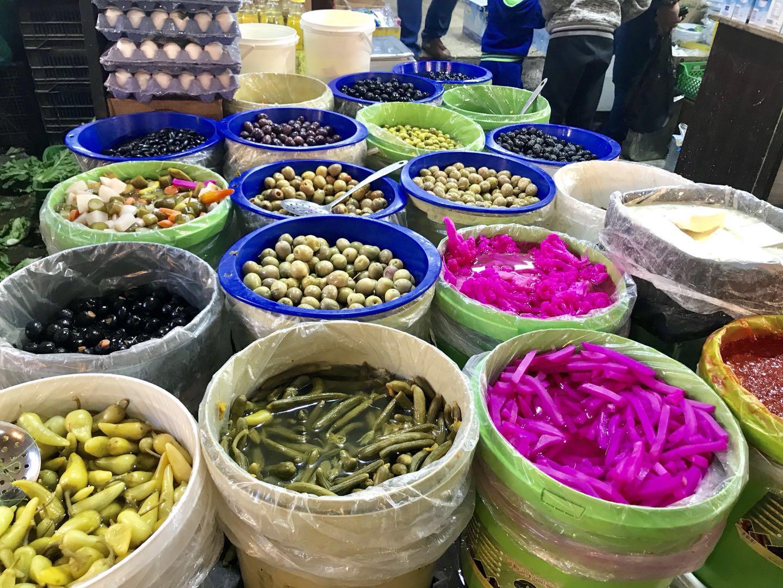 mingmingfeng-jordan-amman-day2-street-pickles.jpg
