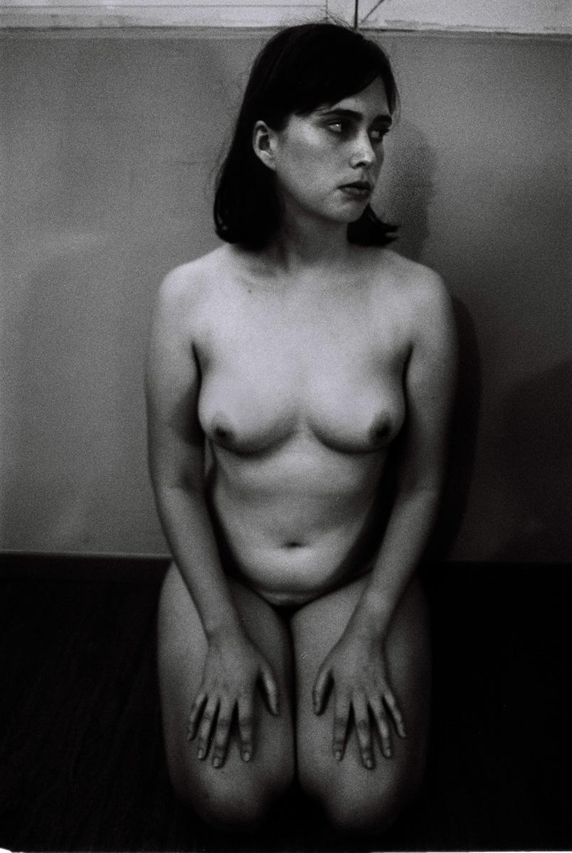 Olivia Mròz _ Photography _ Hidden Places Photobook _0002.jpg