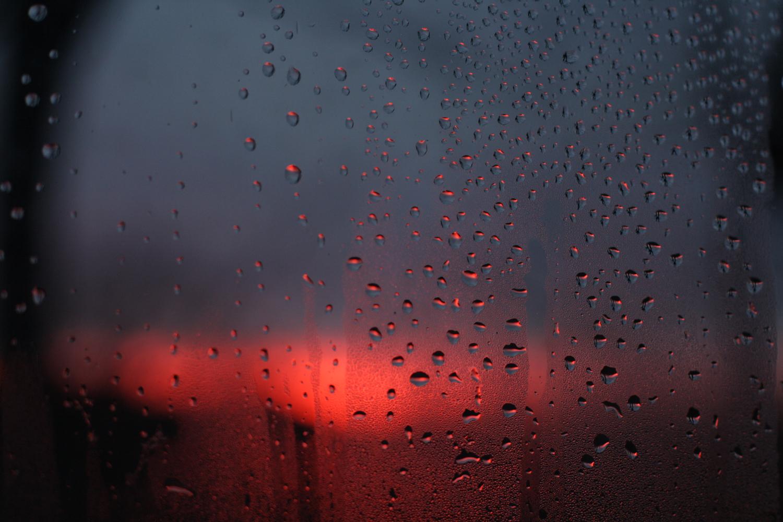 B16_Dec09_Sunset_in_Water_Droplets.jpg