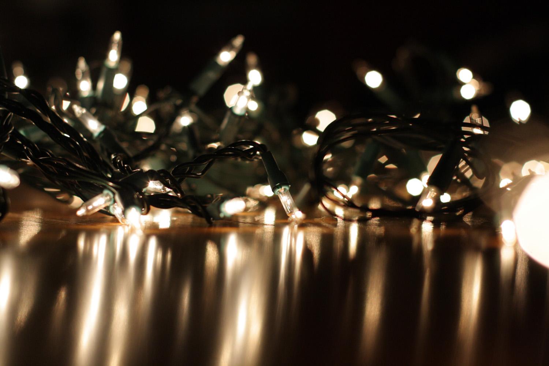 B15_Dec03_Christmas_Lights.jpg