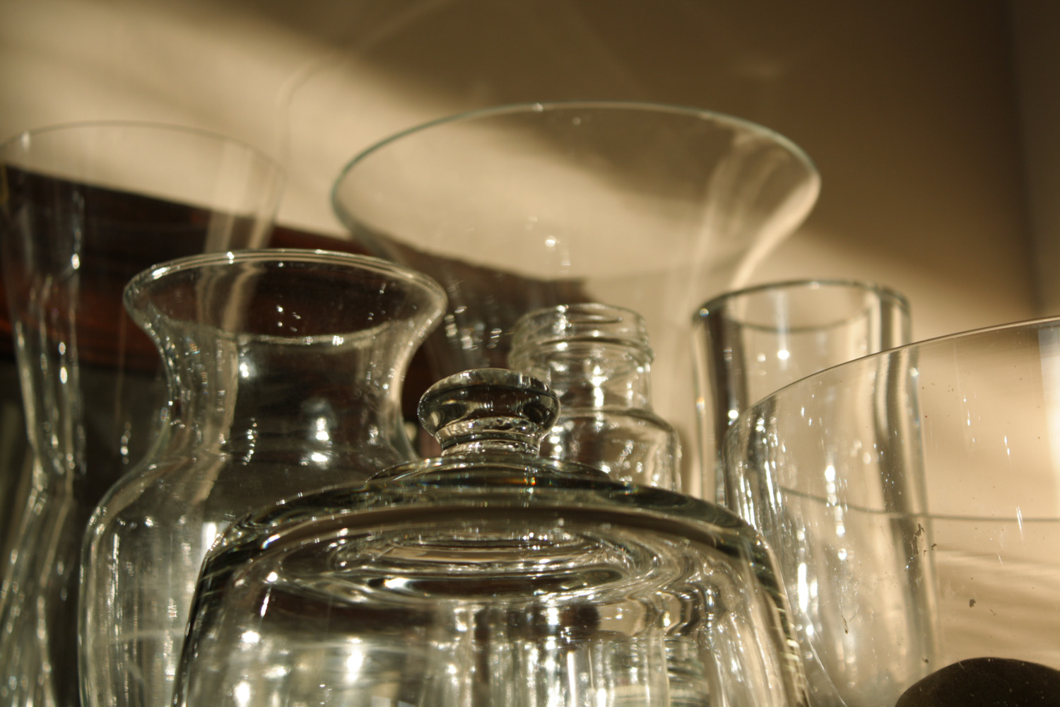 B15_Oct06_Buffet_Glass_01.jpg