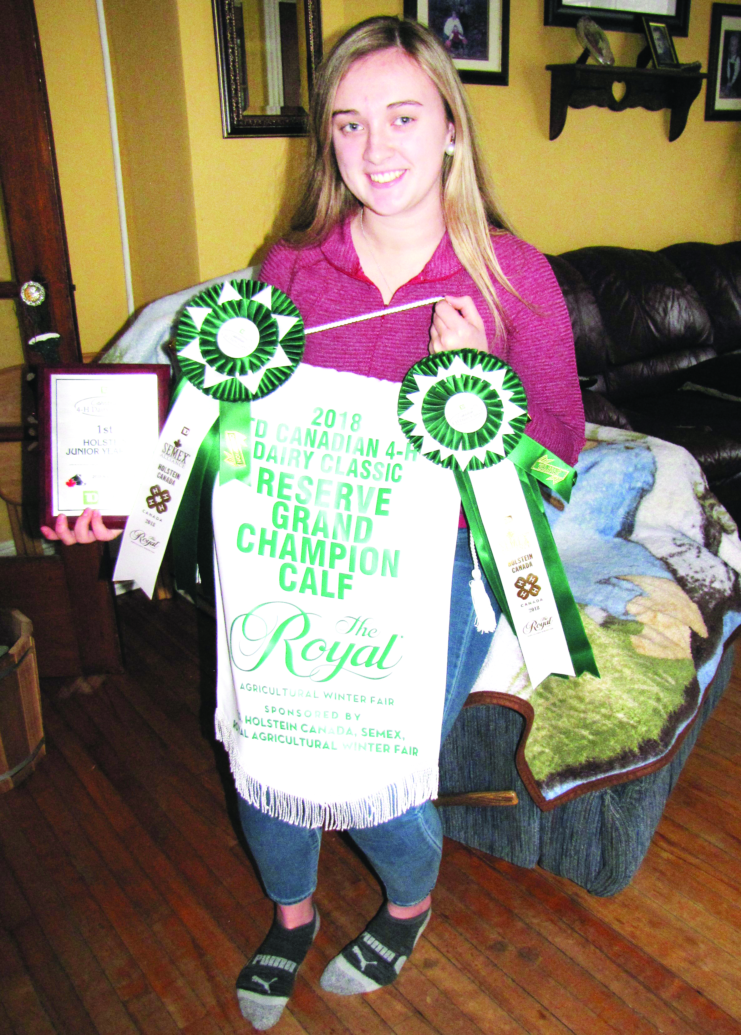 Island 4-Her wins national honours at Royal Winter Fair