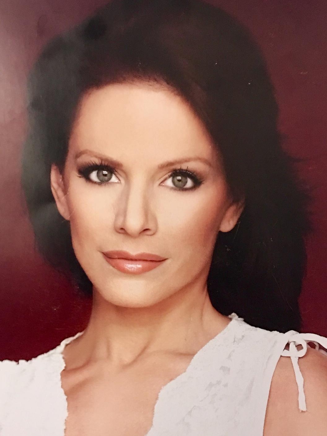 Annette S. Model + Actress