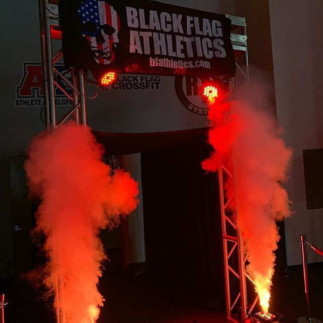 We had a blast this past Friday @blackflag_athletics. We created a custom entrance tunnel for the 2019 Cross Fit Open.