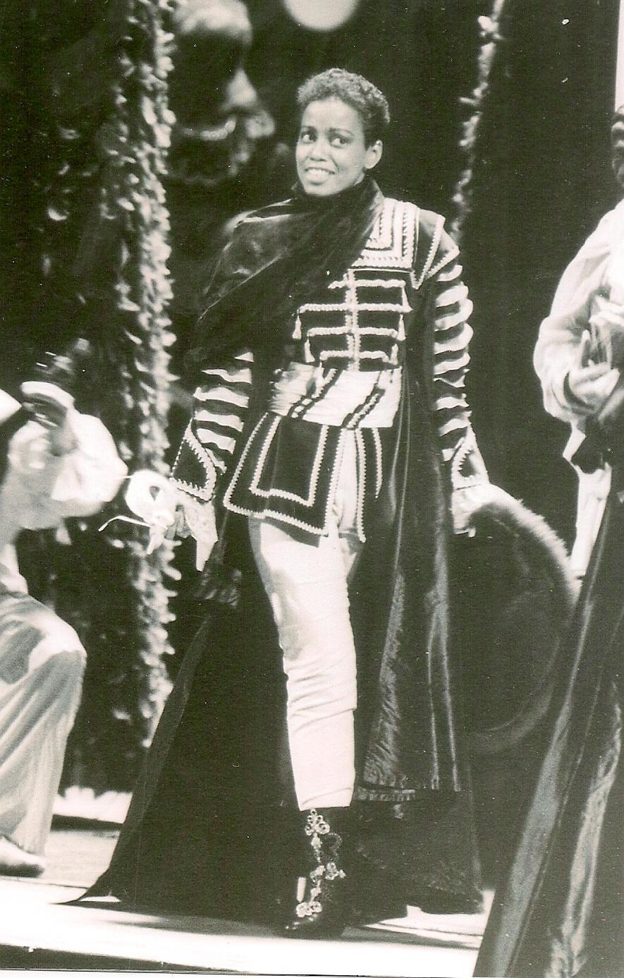 Oscar, Un Ballo in Maschera, Met Opera