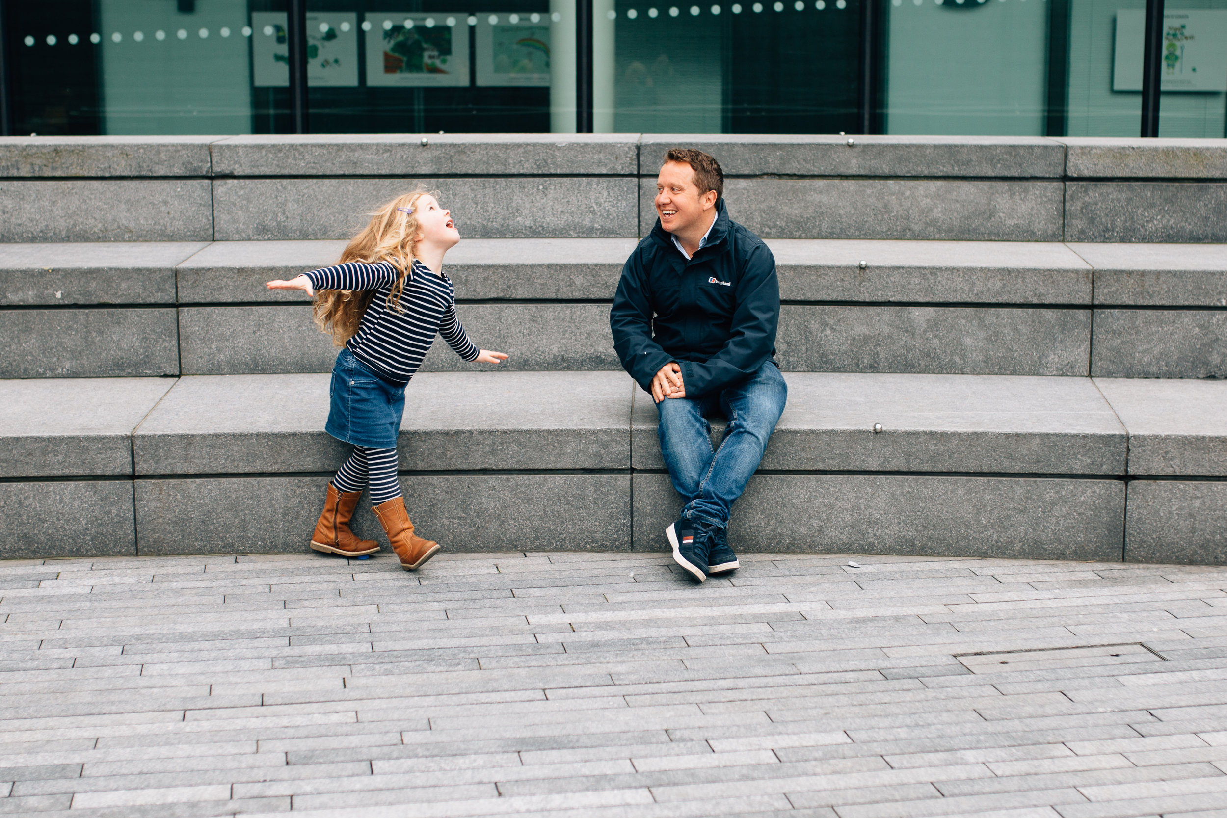 Girl and dad, family photoshoot, Tower Bridge