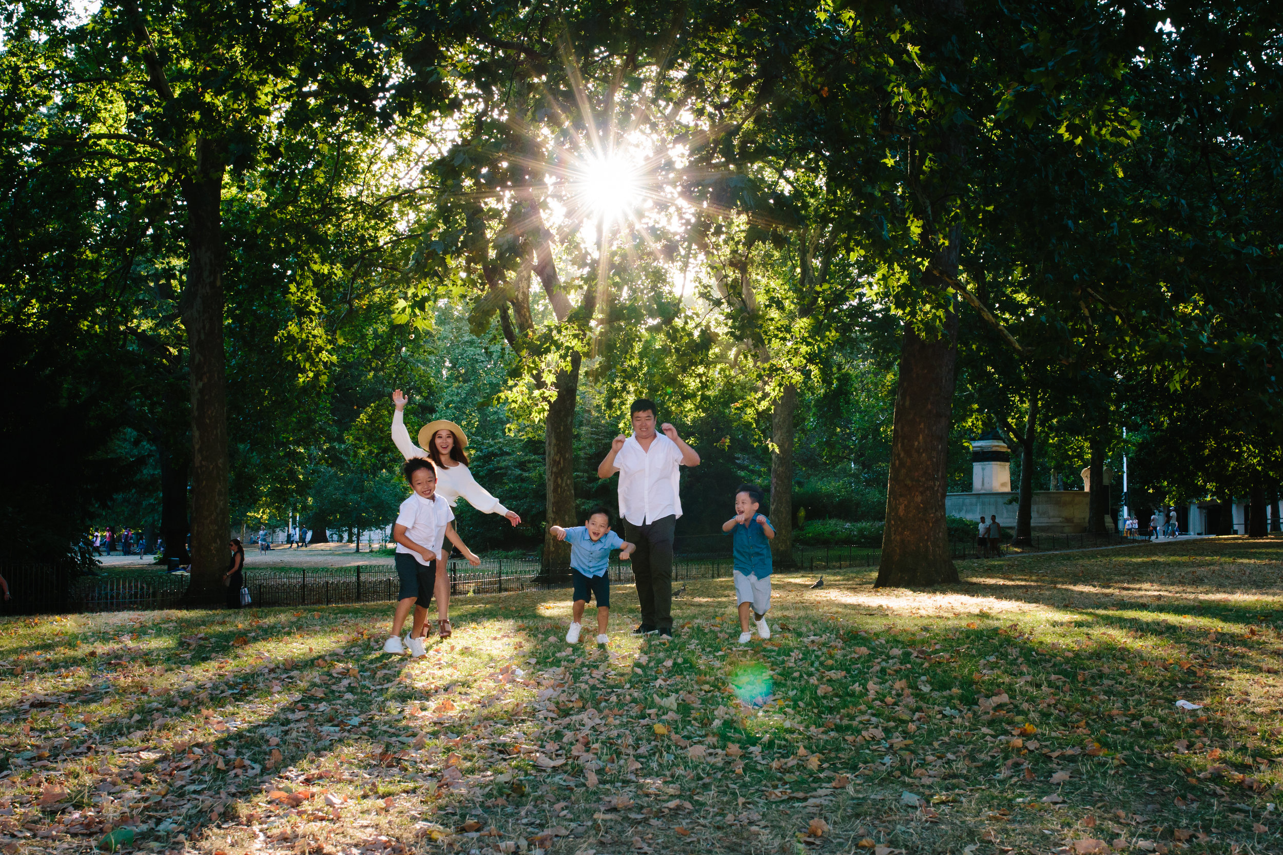 Family at sunset in St James's Park - London Photographer
