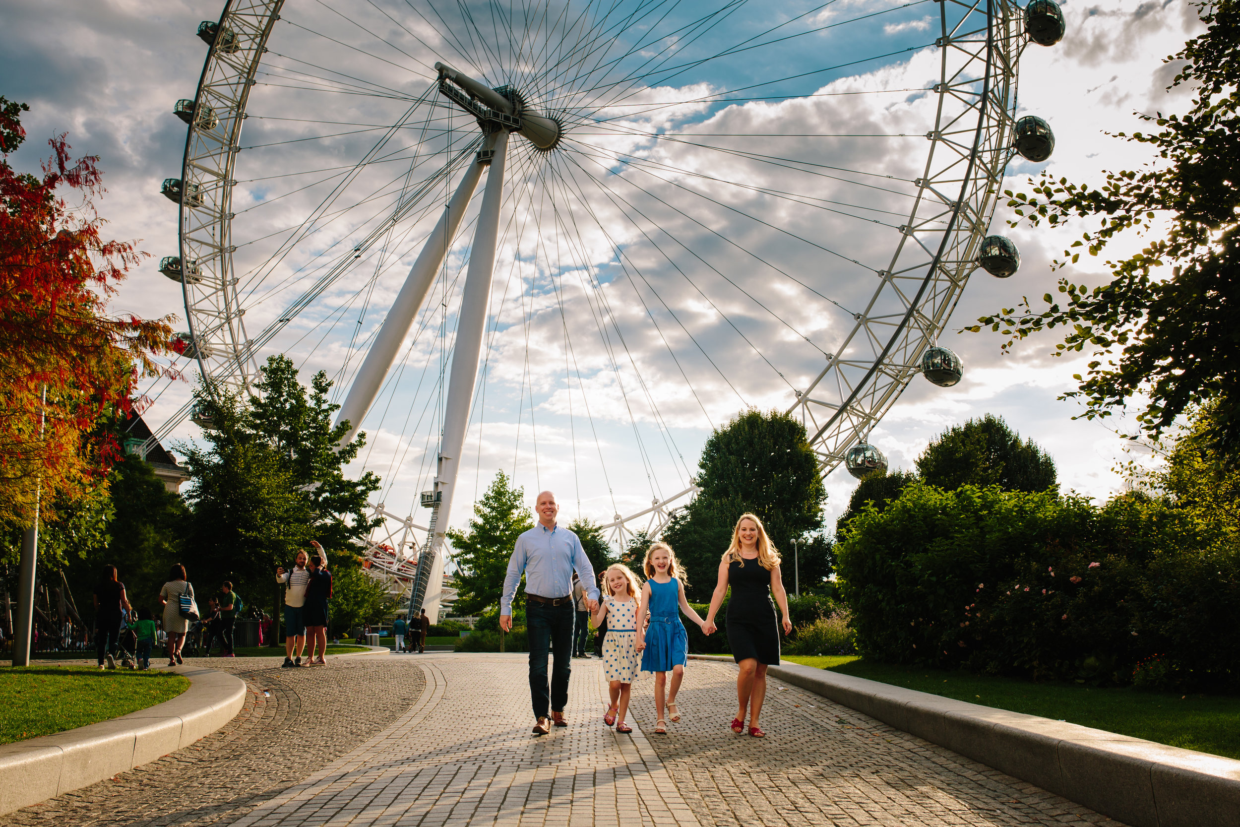Family photoshoot near the London Eye
