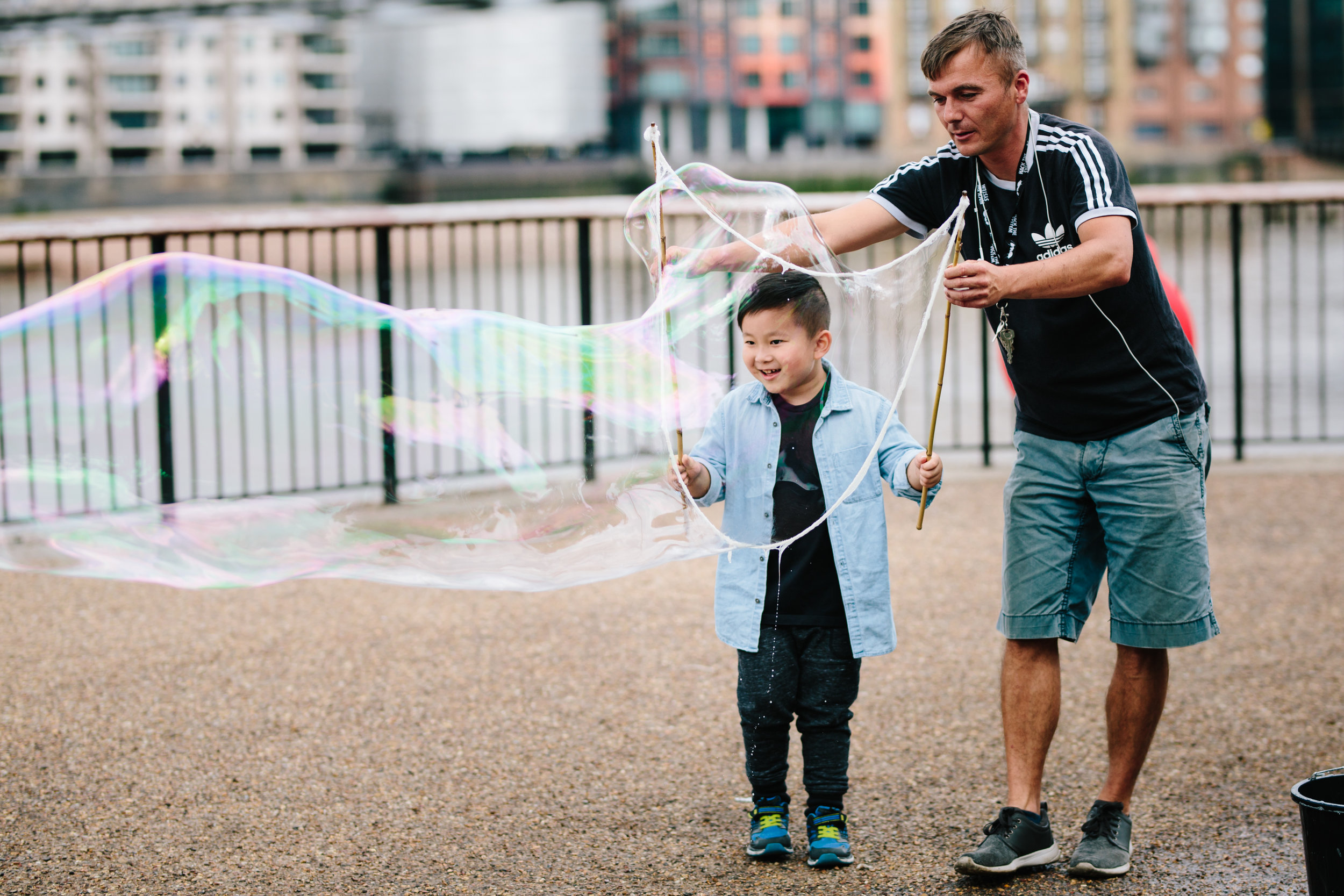 Bubble fun on the Southbank, Tate Modern, London Holiday Photographer