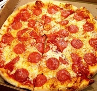 Who doesn't love pepperoni pizza? Especially when it looks this good!