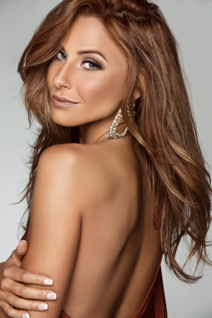 Most Photogenic - Miss Minnesota USA 2019 - What can we say about Miss KerryAnne? She's an incredible human being and truly the most genuine person you can meet. We are so thankful to have met KerryAnne and were able to cheer her on at the Miss Minnesota USA 2019 competition, where she placed 3rd runner up!Team that created the winning look:HAIR + MAKEUP// LHNBEAUTYPHOTOGRAPHER// Brittany Link Photography