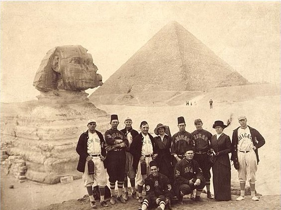 The  Chicago White Sox returned to Cairo in 1914, this time with the New York Giants.