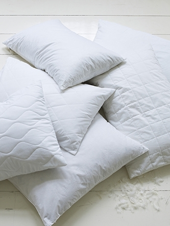 SLEEP_10_PILLOWS_1_SP14-C1.jpg