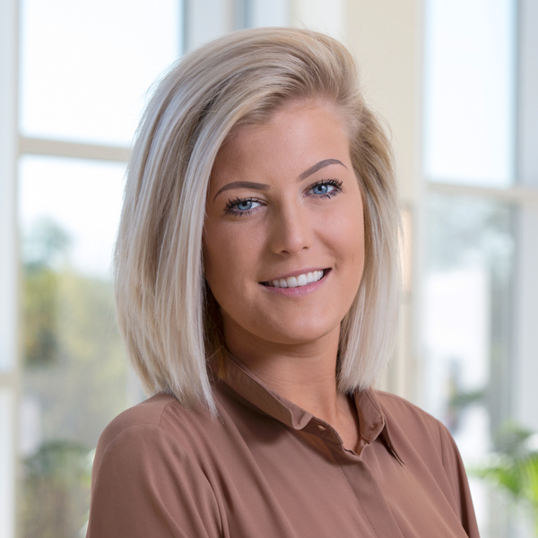 Lyndsay Denmead   Administrative Support