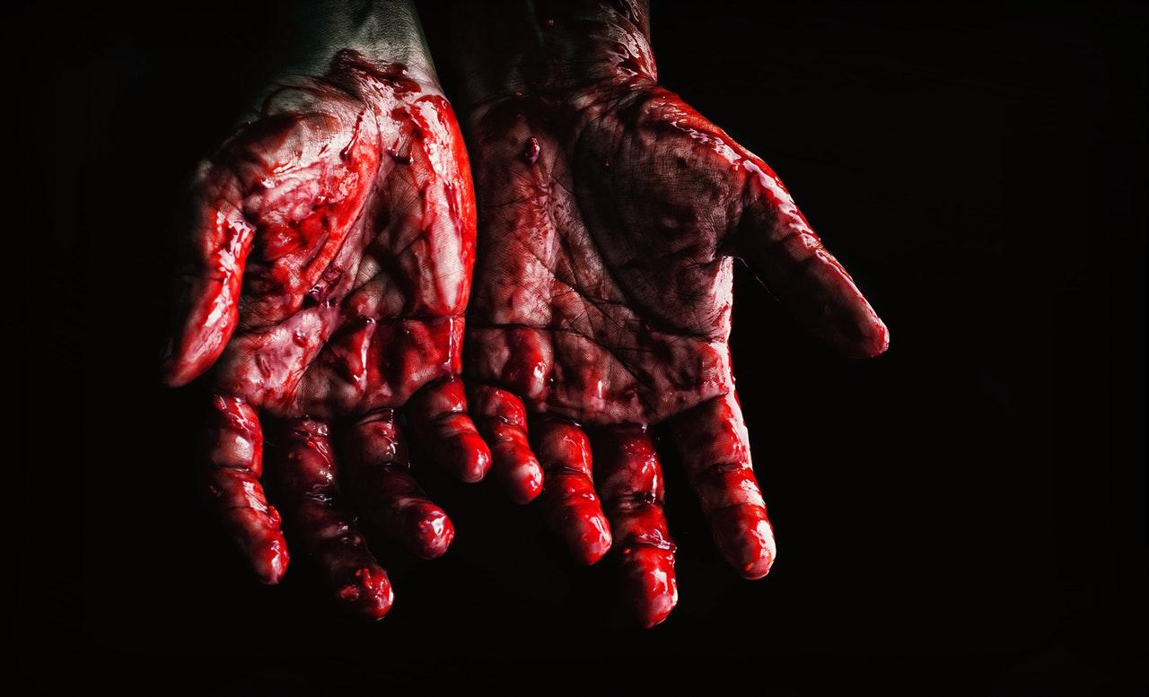 black-background-blood-bloody-673862.jpg