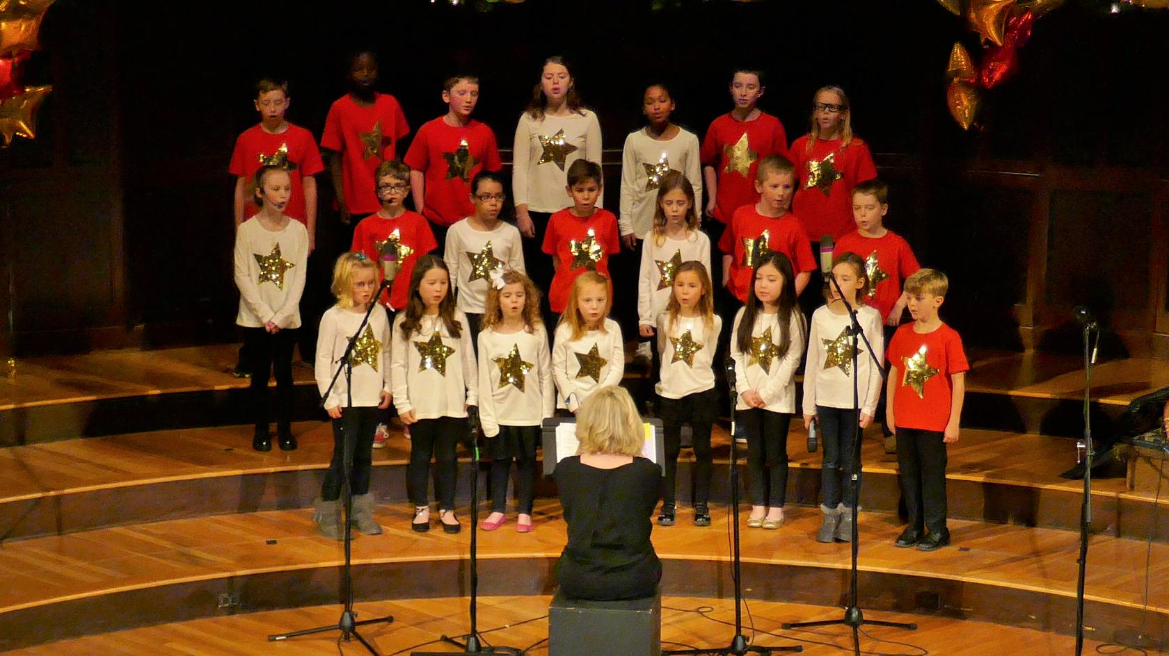 christmas children's choir 2017a.png
