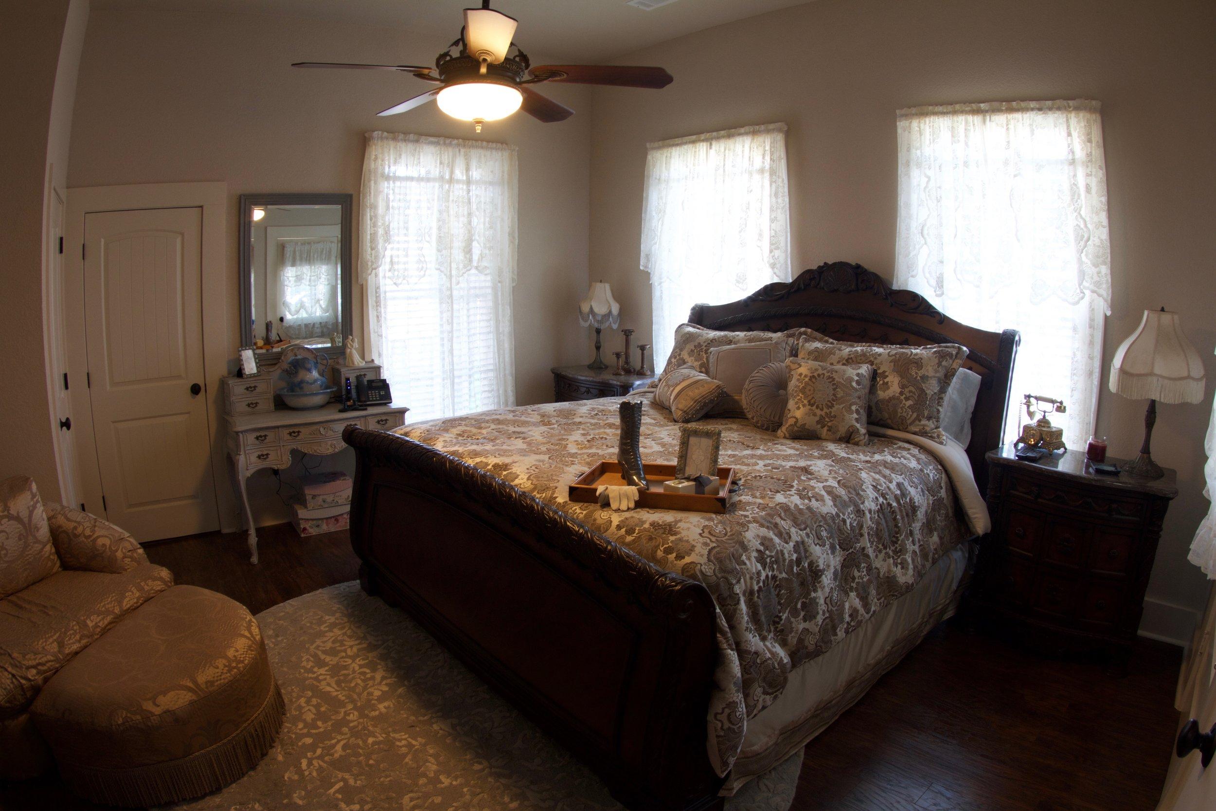 Big House_King Alexandar bed 1.jpg