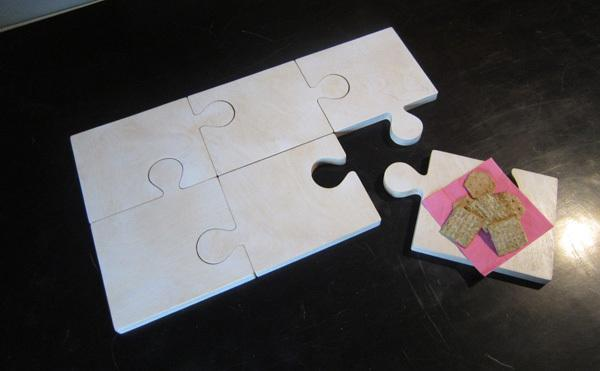 Puzzle piece serving tray CNC project  designed for Woodworker's Journal and the CNC Shark