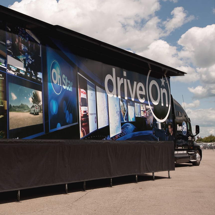 ONSTAR MOBILE COMMAND CENTER - EXPERIENTIAL