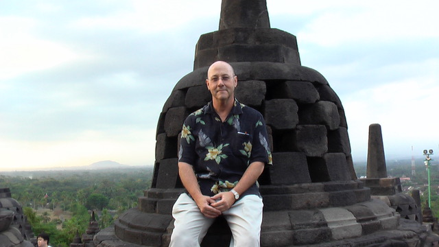 Henry@Borobudur.jpeg