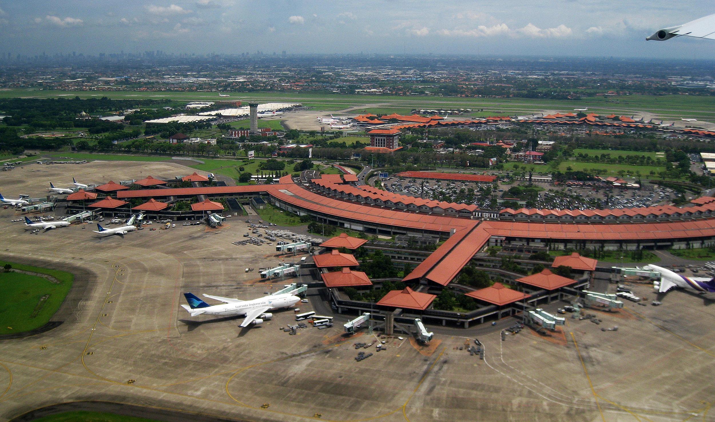 Soekarno-Hatta_Airport_aerial_view.jpg