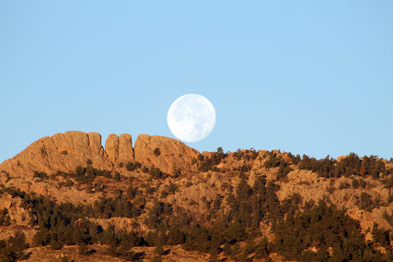 Horsetooth_Mountain.JPG