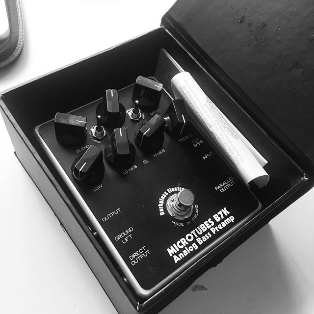 love this B7K by @darkglasselectronics ... Sounds so good on bass. If only it had the option to be battery powered as well! That would be epic! . . . . . #bass #music #guitar #guitarplayer #bassist #producer #musicproducer #producerlife #audioengineer #gearslutz #91soundstudios #darkglass