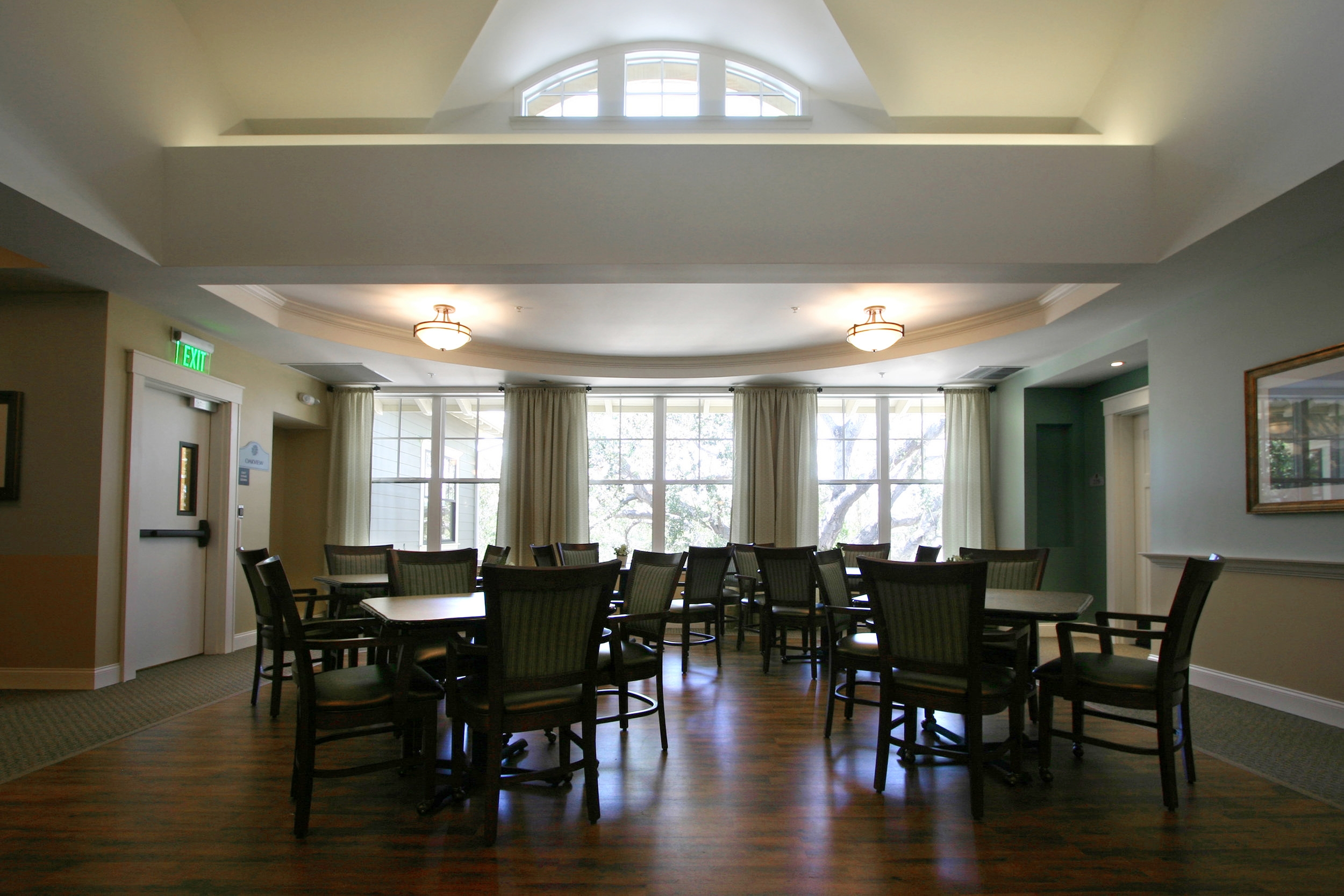 oak cottage Second Floor Dining.jpg