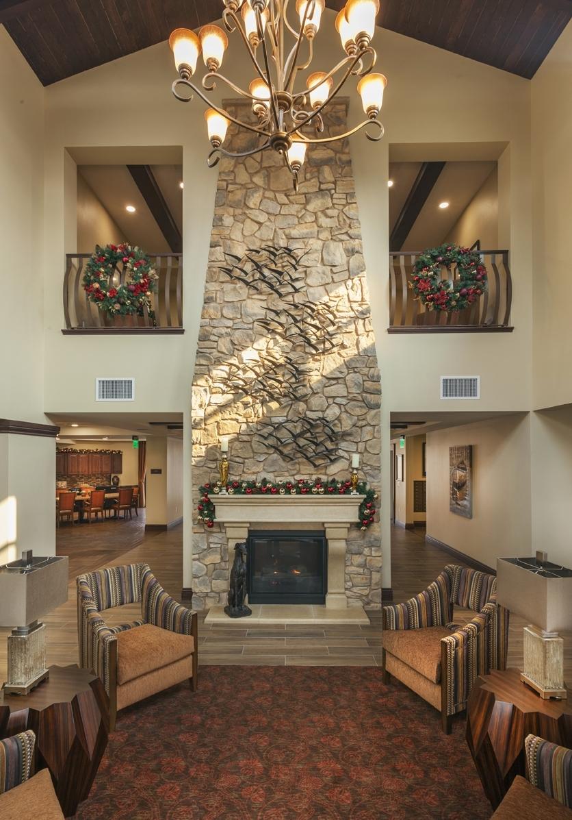 Mariposa 4 fireplace-Price.jpg