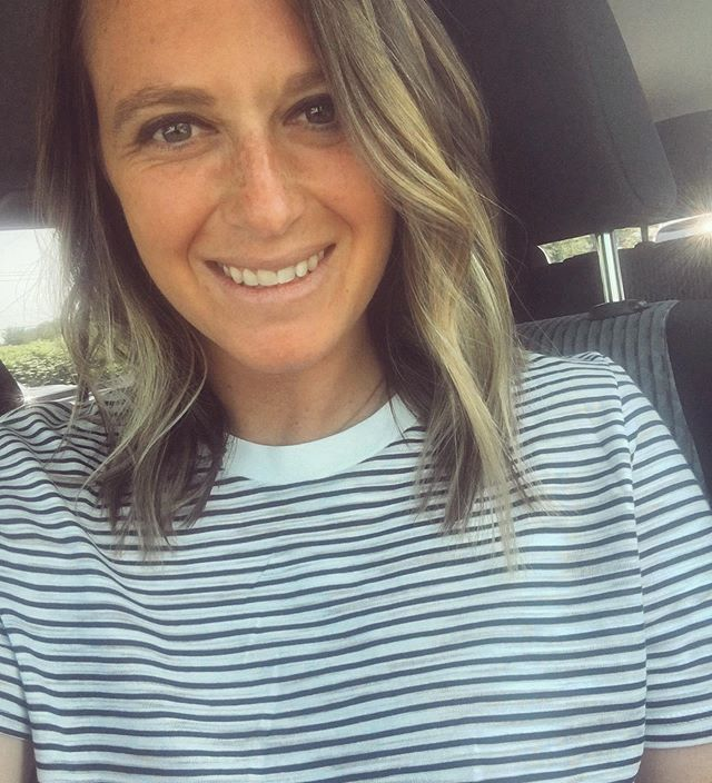 You like my hair? Gee thanks just bought it. Shameless selfie because I'm obsessed with my new cut and color from @sarahgoldsborough at @salon8736 Thanks for getting MDW ready! #travelingtrendy  Shirt: @topshop @nordstromrack . . . . . . . . . . .  #fashionpost #instastyle #fblogger #lookbook #fashionlover #outfitoftheday #ootdshare #lookoftheday #mylook #fashionable #currentlywearing #fashionblog #hair #makeuplove #makeupbyme #makeuplovers #makeuplife #makeupoftheday #makeuplover #makeuptalk #makeupgeek #makeupobsessed  #haircut #hairstyles #haircolor #haircut