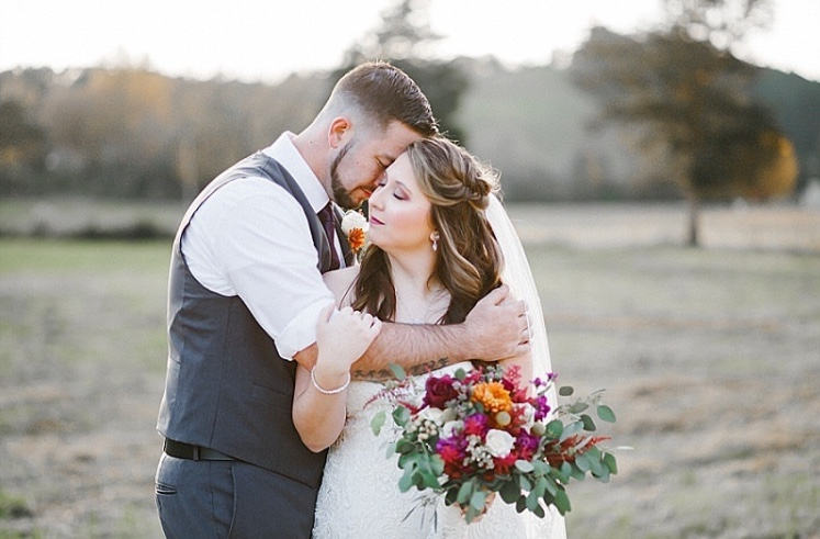 Chelsea // November 2018 // The Barn at Chestnut Springs // Emerald and Ivy Photography