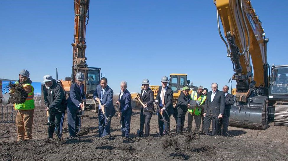 Attending the groundbreaking for Gotham Greens' new 140,000-square-foot greenhouse were (from left to right, starting third from the left) Illinois State Representative Nick Smith, 9th Ward Alderman Anthony Beale, Mayor Rahm Emanuel, Gotham Greens CEO Viraj Puri,  Gotham Greens CFO Eric Haley, Pullman resident and Gotham Greens employee Jenny Mitchell, CNI President David Doig and CNI Board Chair Pastor Merlon Jackson.