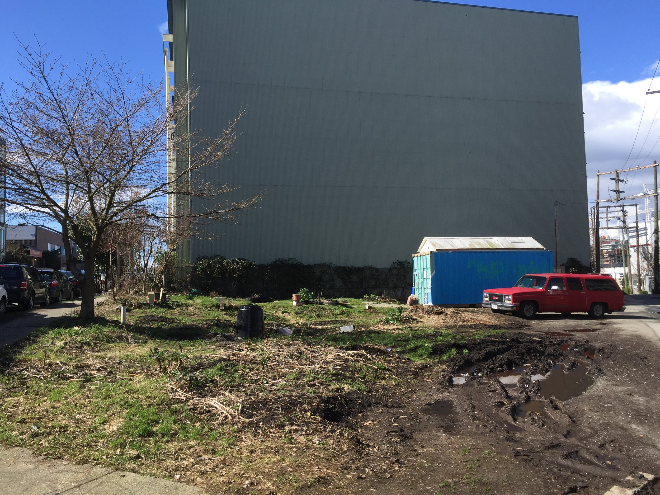 The vacant lot that would soon be home to coFood Vancouver's collaborative garden.