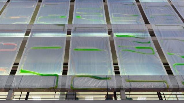 3-these-algae-filled-urban-curtains-suck-co2-from-the-air-813x457.jpg