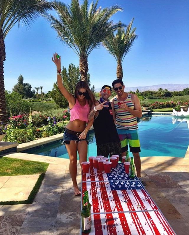 Summer always ends with good memories! ☀️ 🌊 🌴 🍺 . . . . . . . . . . . . . . . . . . . . . . #gopong #beerpong #table #custom #redwhiteandblue #usa #flag #summer #friends #fam #memories #vibes #cool #fun #awesome #bold #bar #drinks #drink #weekend #life #pool #sunshine #sun #photo #shoutout #igers