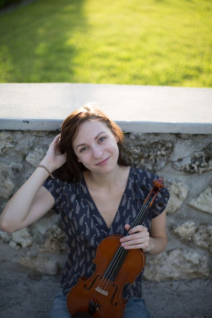 Charlotte Crosmer - Classical and bluegrass violinist based in Little Rock, AR. Member of Quapaw String Quartet and violin instructor at Henderson State University.