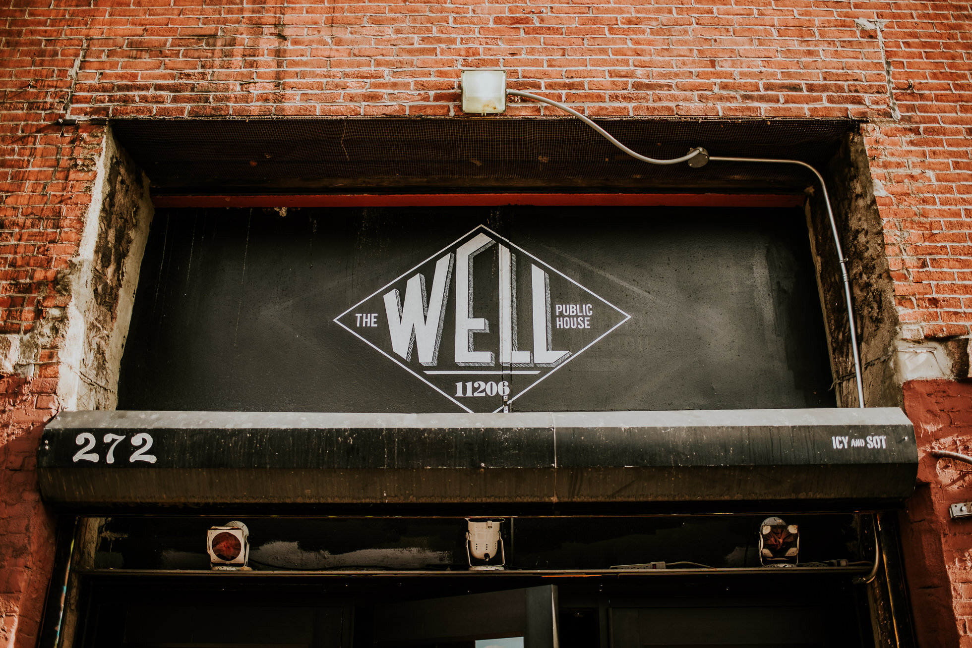 the-well-brooklyn-wedding-photographed-by-traverse-the-tides.jpg