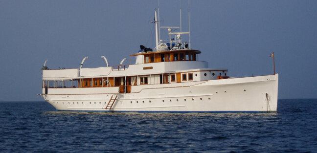 MARINER-III-yacht--3.jpg