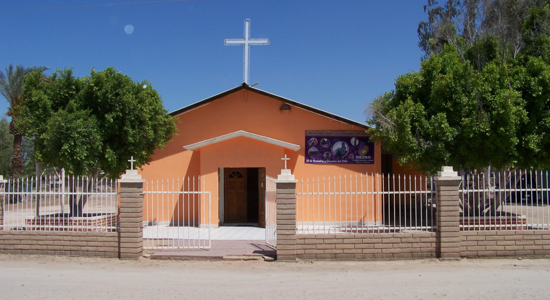 La Santa Cruz Parish