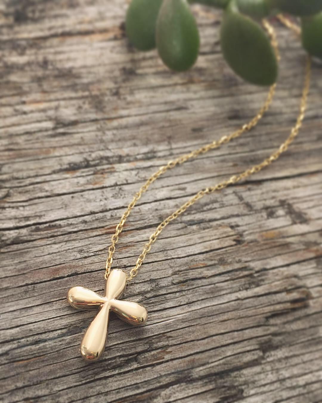 verena-strigler-gold-cross-necklace-14k-vancouver.jpg