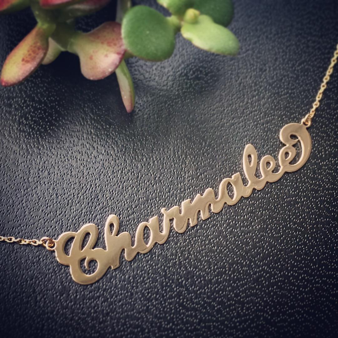 verena-strigler-name-necklace-gold-vancouver.jpg